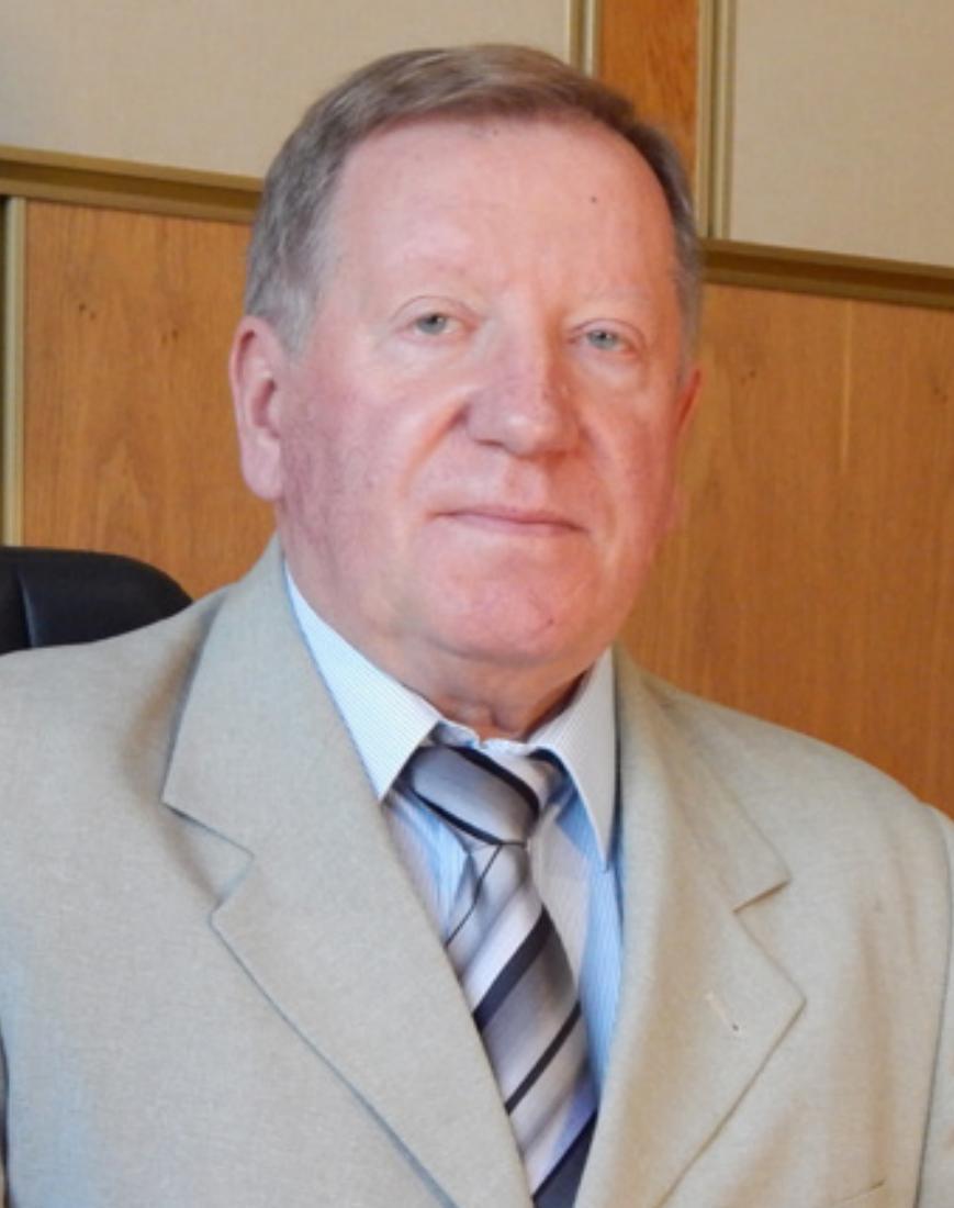 Завідувач відділу засл. діяч науки і техніки України д.х.н., професор Ю.Г. Шермолович