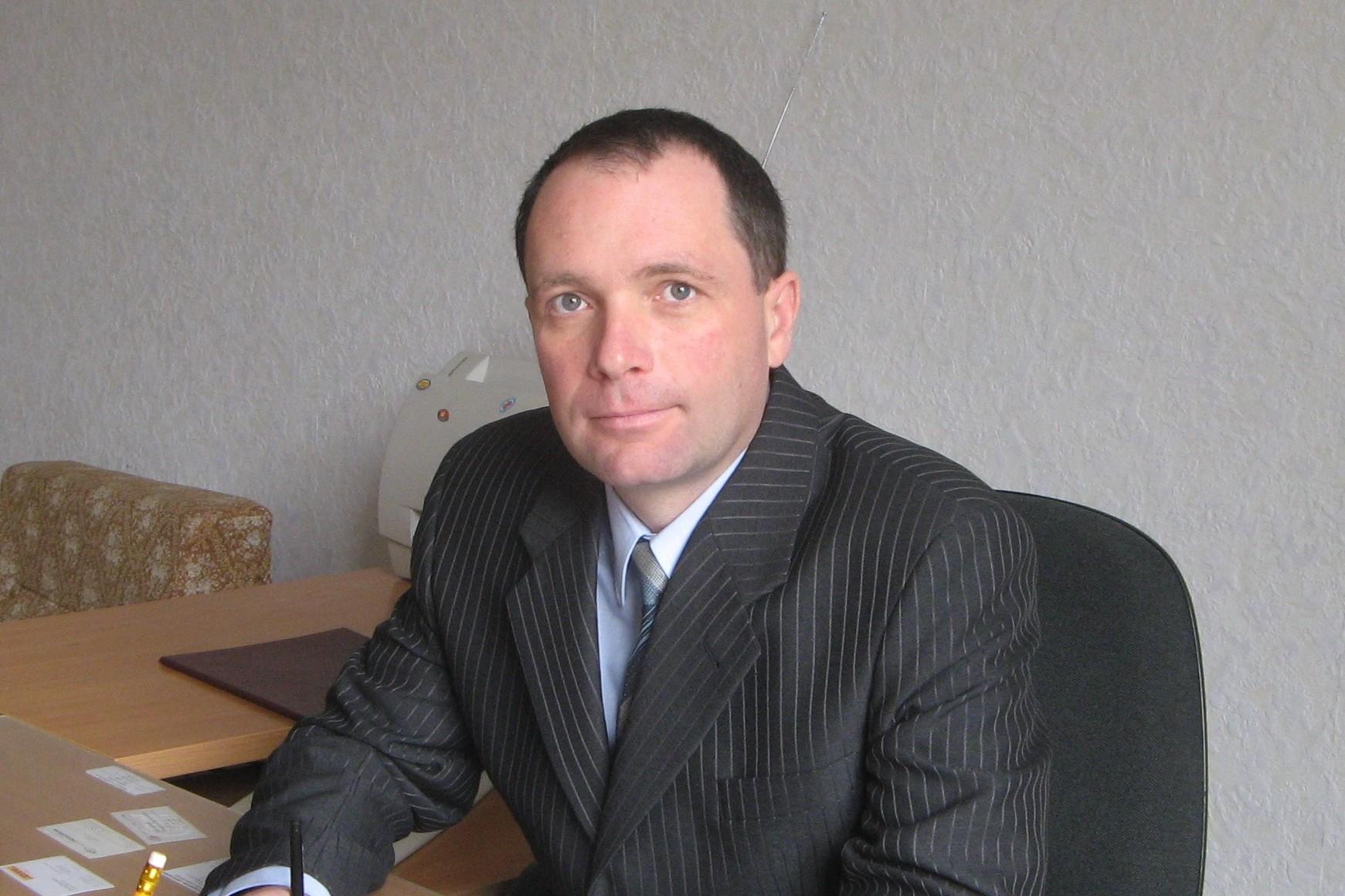 Учений секретар ІОХ НАНУ к.х.н. Нікітченко Віталій Сергійович